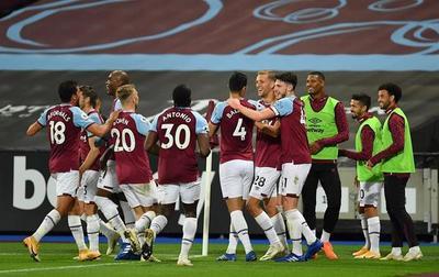 Con Balbuena de titular llega la primera victoria en Premier para el West Ham