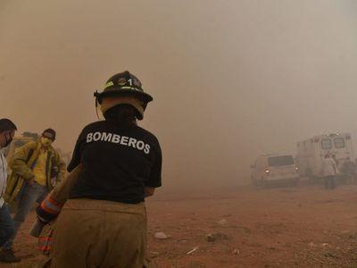 Incendios destapa disgusto de bomberos con Hacienda y Comuna de Asunción