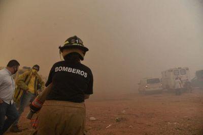 Cateura: Pobladores desesperados huyen de voraz incendio