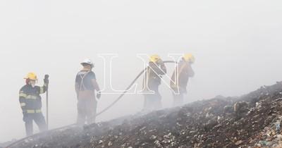La Nación / Solidaridad para familias afectadas por el incendio en Cateura