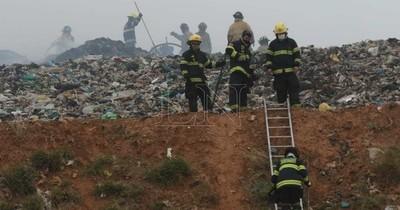 La Nación / Fiscalía abre causa penal para investigar el incendio en Cateura