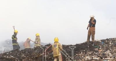 La Nación / MEC habilita escuelas en Cateura para familias afectadas por incendio