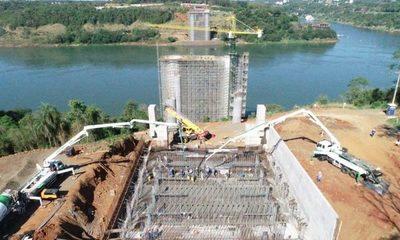 Construcción del Puente de la Integración con 35% de avance
