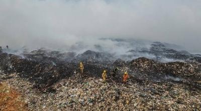 HOY / EMPO afirma que incendio en Cateura fue provocado y acusa a El Farol
