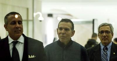 La Nación / Juan Ángel Napout comparte mensaje desde la prisión