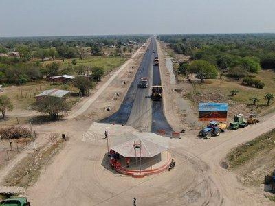 Corredor Bioceánico supera el 50% de avance transformando el Chaco paraguayo