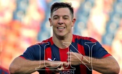 HOY / Diego Churín alcanza a Julio Dos Santos en récords de goles en La Nueva Olla