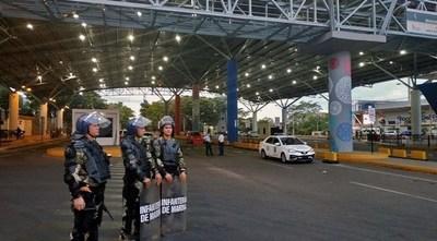 Comerciantes esteños emplazan al Gobierno para apertura del puente