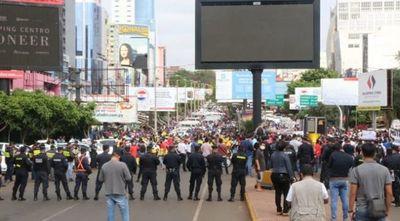 Reapertura del puente: CDE esperará hasta el miércoles, o volverán a manifestarse