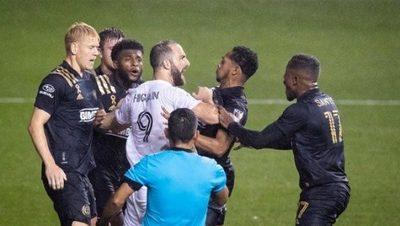 Debut amargo de Higuaín en la MLS