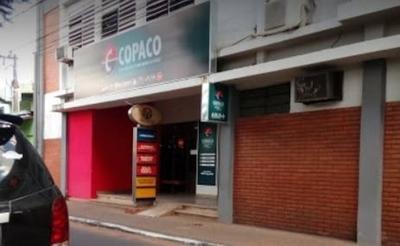 HOY / Intentan asaltar sucursal de Copaco en San Lorenzo: uno de los ladrones cayó abatido