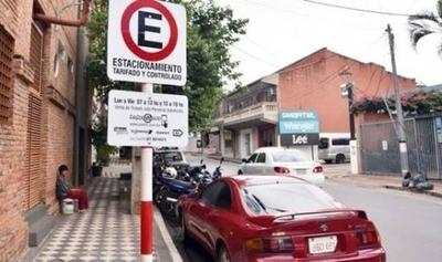HOY / Concejal argumenta su voto a favor de la recisión con empresa del estacionamiento tarifado