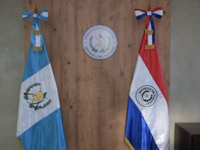 Guatemala cierra Embajada en Paraguay para ahorrar recursos