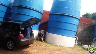Manifestación en Isla Bogado por falta de agua potable •