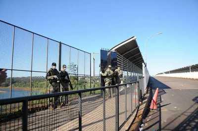 Gran movilización en CDE sino se define fecha de apertura de fronteras