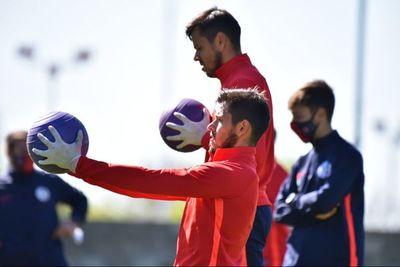 Ángel Romero vuelve a entrenar con el plantel en San Lorenzo