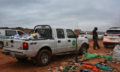 Coordinan ayuda a familias afectadas por incendio de Vertedero de Cateura