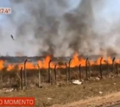 Sofocan incendio en predio de aeropuerto Silvio Pettirossi