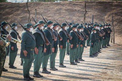 Mario Abdo Benítez encabezó homenaje a héroes de la batalla de Boquerón