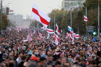 Aumenta la tensión sobre Bielorrusia tras sanciones de Reino Unido y Canadá