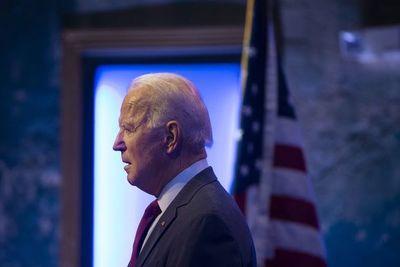Biden publica sus impuestos antes de primer debate con Trump