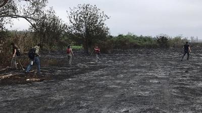 Brigada de la SEN verifica quema de pastizales en cercanías del aeropuerto Silvio Pettirosi