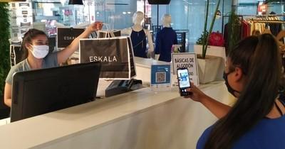 La Nación / Pagos con QR llegan por primera vez a comercios del Shopping Day