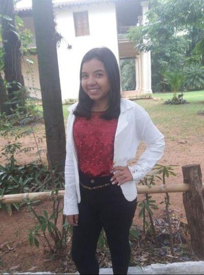 Buscan a una adolescente desaparecida en Luque