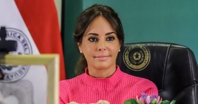 La Nación / Silvana Abdo dio su informe de gestión ante la alianza de primeras damas