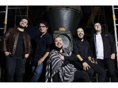 Tierra Adentro celebra su nominación  a los  Grammy