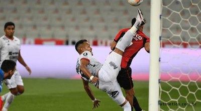 Con sus paraguayos, Wilstermann trae un gran punto copero de Brasil