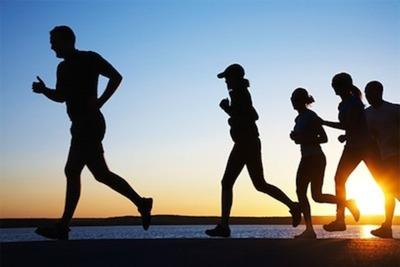 Médico recomienda actividad física y dejar de fumar a diabéticos para prevenir cuadros graves de COVID