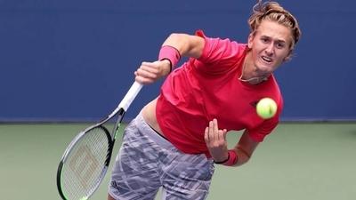 HOY / Korda, primer tenista nacido en el siglo XXI que supera dos rondas en París