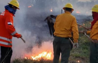 El mayor inconveniente de los bomberos de San Pedro es la falta de equipamientos, aseguran