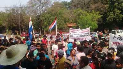 Indígenas realizaron cierre de ruta en Caaguazú – Prensa 5