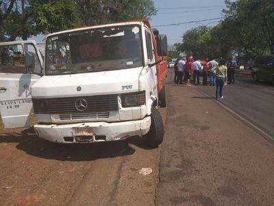 Motociclista muere atropellado por un camión de la Municipalidad de CDE