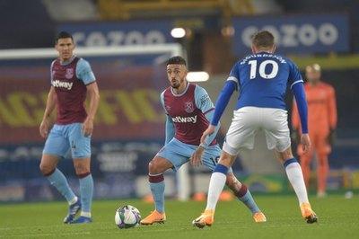 Balbuena fue titular en la eliminación del West Ham ante el Everton de James