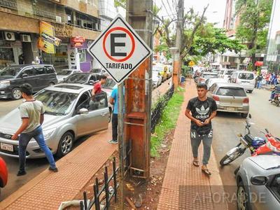 MIGUEL PRIETO quiere concretar un FEROZ NEGOCIADO con el estacionamiento controlado