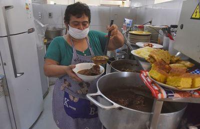 """Hoy se come jopara para """"espantar"""" la crisis y la miseria"""