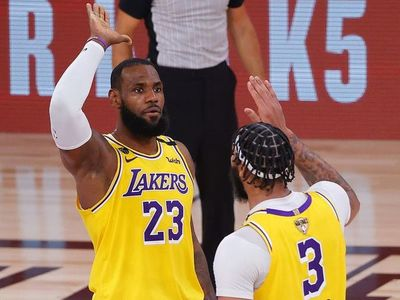 Los Lakers derrotaron a los Heat en la primera final de la NBA
