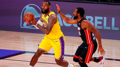 Lakers se adelantan en la serie final de la NBA