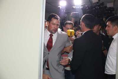 Revés para Ulises Quintana: Seguirá en prisión