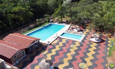 Cooperativa ofrece a bomberos 2 piscinas para abastecerse se agua •