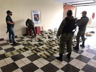 Antinarcóticos incautaron 569 kilos de marihuana en María Auxilidora II