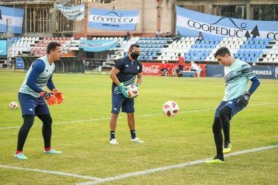 Arqueros dan positivo en Guaireña y está en duda el juego ante Olimpia