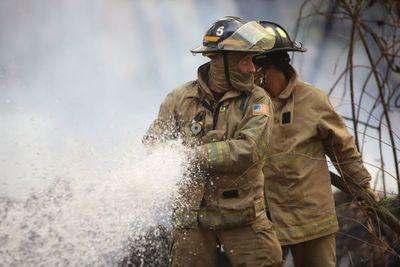 Viceministro de Empleo puso a disposición el gestionamiento de permiso laboral de bomberos