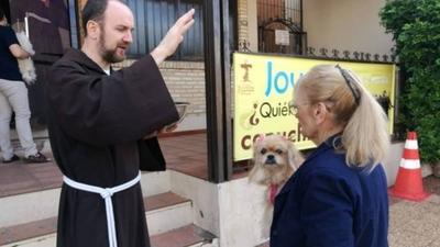 HOY / Capuchinos harán bendición de mascotas por día de San Francisco