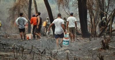 La Nación / Paraguay está en llamas, pero Mario Abdo está preocupado por la salud de Trump