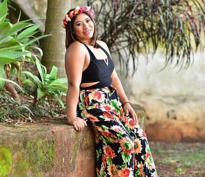 Joven mbya representa a su comunidad en Miss Primavera