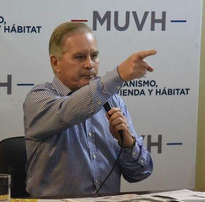"""Casas del MUVH: Imágenes confirman lo que Durand solo tildó de """"chisme"""""""